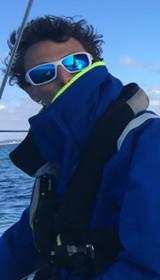 Démâtage et hélitreuillage pour le skipper Sablais Jean-Baptiste TERNON