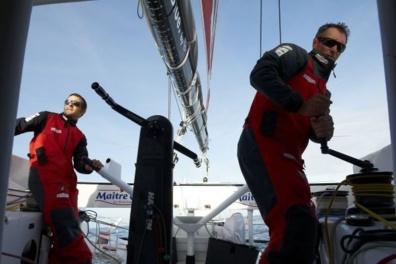 Jérémie Beyou et Christopher Pratt à bord du monocoque Maître CoQ
