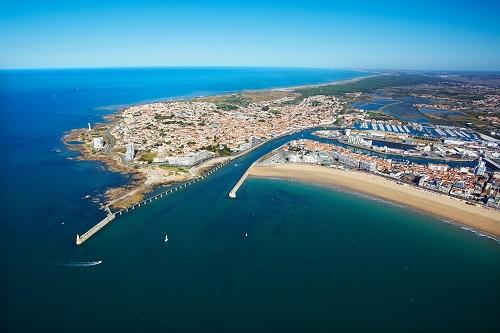 Les Sables d'Olonne – Vendée (France), un centre mondial pour la voile en solitaire Crédit Photo Les Sables d'Olonne