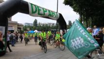 Plus de 1 000 personnes à Paris pour le départ du Tour Alternatiba