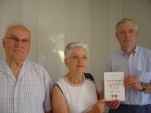 De droite à gauche, le président  Michel Giraudeau, la trésorière Y. Martinot et le secrétaire E. Gilbert.