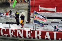 Trois concurrents ont passé cette nuit la deuxième porte de sécurité glaces (BT, Paprec-Virbac et Generali).