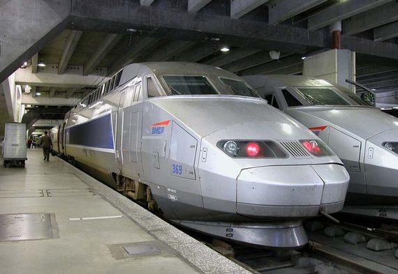 TGV entre Paris et  les Sables d'olonne via Nantes et la Roche-sur-Yon :voyage inaugural jeudi 11 décembre