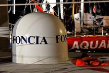 Michel Desjoyeaux (Foncia) à 4698,1 milles de l'arrivée est attendu pour la fin du mois de janvier
