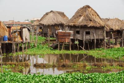 Une vue de la cité lacustre de Ganvié, située à une heure de route de Cotonou, la capitale du Bénin. (Photo Guy-André Coquet)