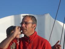 Bôme cassée et skipper blessé à bord de Fondation Ocean Vital