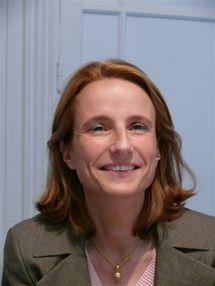 L'Association pour la Protection de l'Enfance en Vendée (APEV) a organisé une rencontre avec Béatrice Bourges