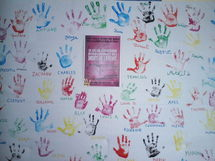 Convention Internationale des Droits de l'Enfants: une opération très réussie, avec près de 200 mains déposées !