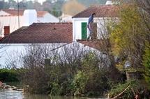 La Région des Pays de la Loire débloque une aide d'urgence de 20 millions d'euros pour les sinstrés de la tempête Xynthia