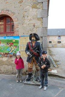Les Pirates débarquent au Chateau des Aventuriers d'Avrillé le dimanche 24 juillet