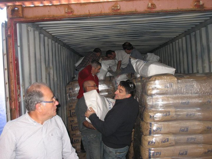 Le mardi 25 octobre  SAVENA  va expédier un troisième container de 24 tonnes de poudre de lait en HAÏTI