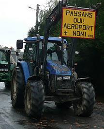 Tracto-velo : les tracteurs sont entrés dans Paris !