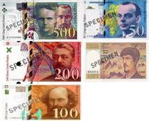 Les derniers billets en francs peuvent être échangés jusqu'au 17 février 2012.