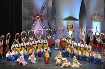 Les Joyeux Petits Souliers d'Ukraine de retour en Vendée ce samedi 28 Avril à 20h30 à Givrand