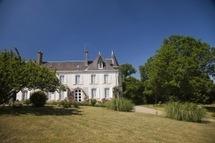 Mareuil-sur-Lay: Le Festival de la Rose et des Arts se tiendra les 19 et 20 mai au Château de Saint-André