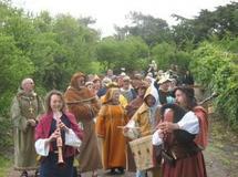 Brem-sur-Mer: fête médiévale le mardi 1° mai autour de l'église Saint-Nicolas,