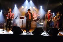Le lundi 6 août à 21h, sur le Quai Garcie-Ferrande à Saint-Gilles-Croix-de-Vie, le groupe La Zikabilo se produira pour la 2e édition du festival « Les Musicales du Pays de St Gilles ».