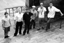 Le vendredi 10 août à 21h, sur la base de loisirs de Saint-Maixent-sur-Vie, le groupe Epsylon se produira pour la 2e édition du festival « Les Musicales du Pays de St Gilles ».