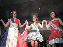Laura Huchet, 15 ans, jeune Vendéenne de Beauvoir-sur-Mer, a remporté le titre parmi 17 autres candidates de la région