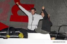 Sébastien Rogues et Fabien Delahaye ont franchi la ligne d'arrivée de la Transat Jacques Vabre à 23h 56min 00s (heure française) à Itajaí, au Brésil