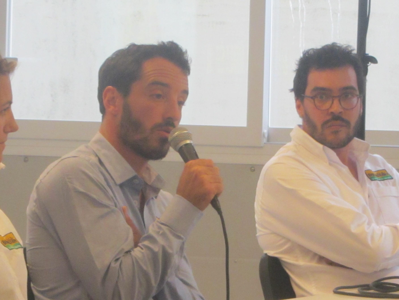 Bureau Vallée et Louis Burton : l'aventure continuera après le Vendée Globe 2016 sur un bateau à foils.