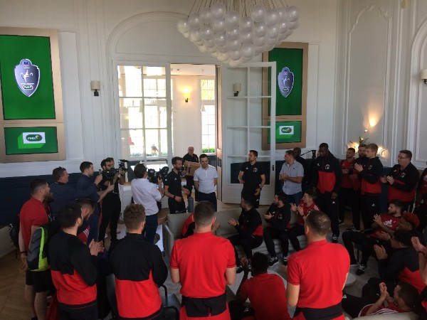 Finale de Coupe de France de football :  Le PMU accueille les Herbiers à Clairefontaine