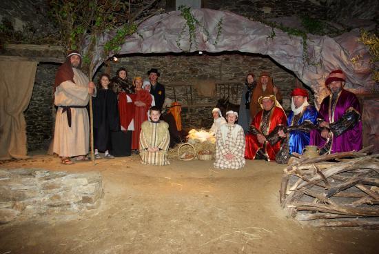 """L' association landevieilloise  """"La crêche Vivante de Landevielle"""" donne vie à la crèche de Noël avec l'aide de bénévoles."""