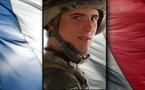 A peine âgé de dix-huit ans, Clément CHAMARIER choisit de s'engager pour cinq ans au 7e bataillon de chasseurs alpins (7e BCA – Bourg-Saint-Maurice) en février 2009