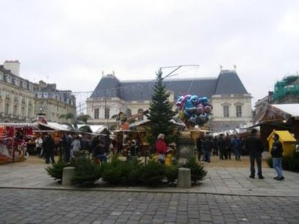 Le Marché de Noël Place du Parlement de Bretagne