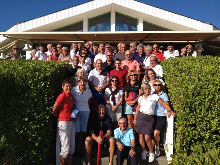 La coupe du Président et du personnel du golf attire 90 compétiteurs