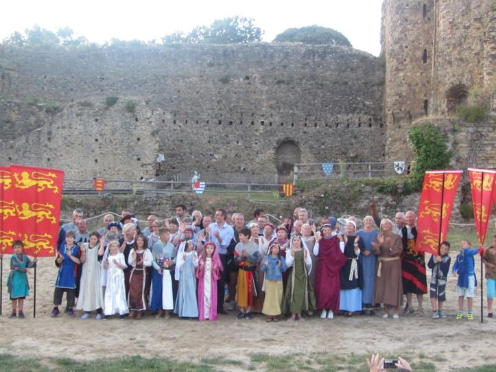 Château : plus de 70 bénévoles sur le nouveau spectacle