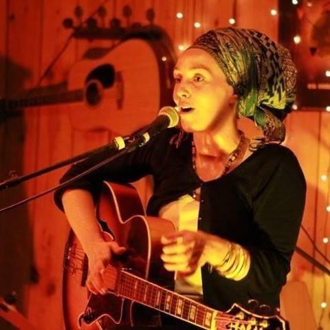 Concert de Val vendredi 26 août au Vintage Port Bourgenay